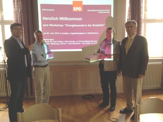 Dank an die Referenten (v.l.n.r.): Thomas Hitschler, JUDr. Stefan Meiborg, Wolfgang Thiel, Prof. Karl Keilen
